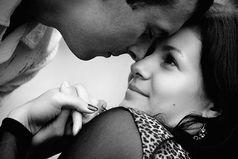 Любимый человек – не тот, кого ты искал и нашел,  а тот, в кого ты влюбляешься, совершенно неожиданно.