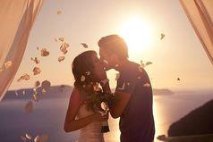 Берегите друг друга, любите! Понимайте, прощайте всегда. И друг другом всегда дорожите, жизнь назад не вернуть никогда.