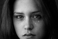 Если мне действительно дорог человек,  то сколько бы боли он мне не причинил, я его прощу. И в этом мой минус.