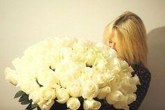 В отношениях с мужем, для полного счастья,  мне не хватает только цветов и... мужа!