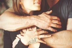 - Что важнее: когда любишь или когда тебя любят? - Важнее, когда взаимно.