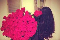 Любая девушка становится шикарной, когда с ней мужчина, который умеет зажечь ее глаза и украсить ее жизнь.