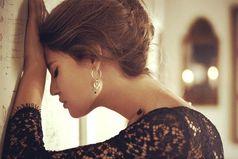 Береги ту, что за тебя плачет. Бог бережёт тебя за её слёзы!