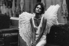 Господи, а можно мне ангела-хранителя не с крыльями, а с дубиной?  Чтобы в нужный момент хрясь, я сразу поняла свою ошибку и успела поступить по-другому