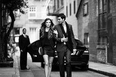 Не платья, перстни или стразы, ни даже модная машина. Ничто так женщину не красит, как точно выбранный мужчина.