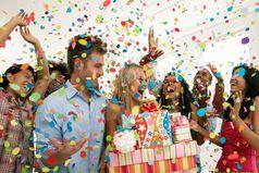 Любой праздник приносит улыбки и радость людям, а значит скрашивает нашу жизнь!