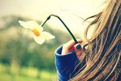 Жизнь,  иногда, не только гладит нас по голове, но и таскает за волосы.