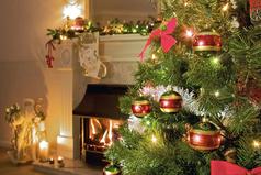 Еще немного и я не выдержу: за месяц до Нового года закидаю всю квартиру мишурой, елочными игрушками и поставлю елку!