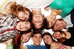 Друзья должны быть такими, чтoбы потом еще ваши дeти дружили.