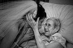 Однажды мне моя мама сказала: «Для слез есть три случая: свадьба, похороны и рождения ребенка, а остальное всё ерунда»