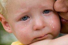 СТРАШНО - когда малыш ждёт маму, а мамы уже нет.