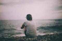 Только об одном можно в жизни жалеть — о том... что ты когда-то так и не рискнул.