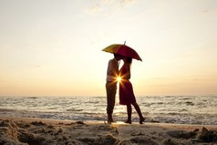 Люди, которые воспринимают все пустяки близко к сердцу – больше всех способны искренне любить.