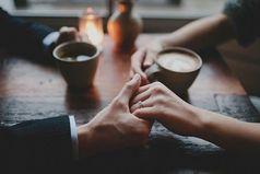 Один мудрец сказал: «Самое лучшее лекарство для человека — любовь и забота» Кто-то переспросил: «А если не поможет?» Мудрец ответил: «Увеличьте дозу!»
