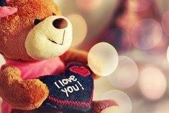 Человек никогда не сумеет объяснить за что он любит, если он действительно любит.
