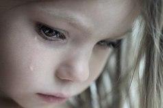 Бог сказал: «Бойся слез обиженного тобой человека, ведь он будет просить меня о помощи, и я помогу».