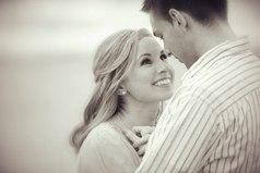 Женщина принимает в жизни одно решение — с каким мужчиной ей идти по жизни. Остальные решения должен принимать мужчина.