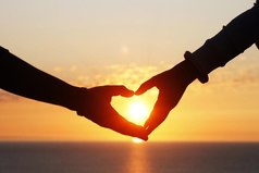 Даже ледяное сердце можно растопить любовью.