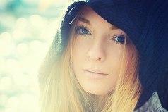 Женщина, которая очень часто прощает и очень долго терпит, часто уходит неожиданно и навсегда…