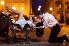 Женщину надо любить. И любить так, чтобы остальным мужчинам было мучительно больно, что они так не умеют.
