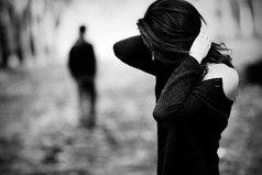 Мой характер могут терпеть только те, кто меня поистине любит. Поэтому, если при малейшей ссоре вы уходите, значит вы - не мое.