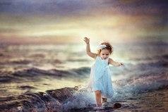 Чтоб удавались все твои дела, а жизнь всегда искрилась позитивом, ты установку дай себе с утра: я счастлива, успешна и красива!