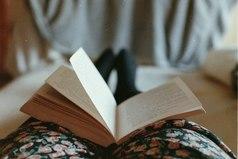 Многое можно узнать о человеке по его любимым книгам.