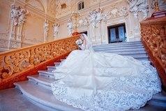 Счастье настоящей девушки заключается в том, чтобы стать прекрасной Невестой, любимой Женой и счастливой Матерью.