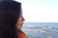 Ты — единственное море, в котором мой инстинкт самосохранения равен нулю и когда я в тебе тону, то с улыбкой иду ко дну.
