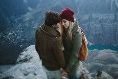 В холодном мире безразличия ценна каждая искорка внимания. Именно так и никак иначе мы можем согреть чьи-то замерзшие руки и сердца, а порой и души.