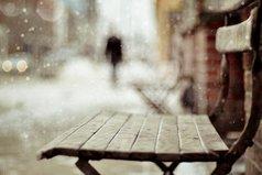 Иногда хочется себя убить за то, что ты искренне был предан людям, которые этого не ценили.