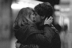 Любовь — болезнь такого сорта, что не щадит ни мудрецов, ни идиотов.