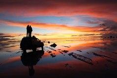 Любовь это соревнование в том, кто принесет друг другу больше радости.