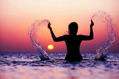 Когда будешь искать своё счастье, не забирай его у других...