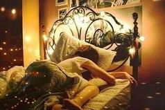 Сны нужны для того, чтобы хоть немного побыть с тем, кого нет рядом...