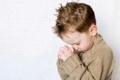 Алло, Бог, слышишь? Пусть сердце моей мамы бьется вечно.