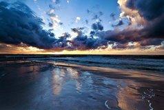 Прошлое изменить нельзя, но можно создать прекрасное будущее...