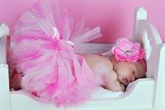 Всем известно, что мужчина страстно ждет рождения сына, только дочь с течением дней обожает все сильней...