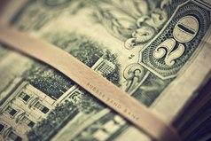 Нажить много денег – храбрость; сохранить их – мудрость, а умело расходовать – искусство.