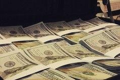 Практически единственный способ заработать большие деньги - открыть свое дело.