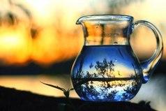 Есть такая восточная поговорка: «Из кувшина в чашку можно налить только то, что в нем было.