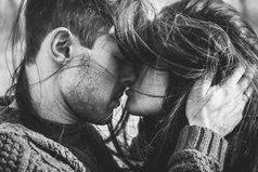 Осень - то время года, когда люди должны согревать друг друга своими словами, своими чувствами, своими губами... И тогда никакие холода будут не страшны...