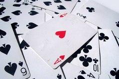 Жизнь хитра! Когда у меня на руках все карты - она внезапно решает играть в шахматы…