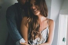 Кому-то не хватает одной женщины, и он переключается на пятую, десятую. А другому не хватает жизни, — чтобы любить одну-единственную.