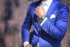 Хороший костюм и добрые манеры никогда не выйдут из моды.