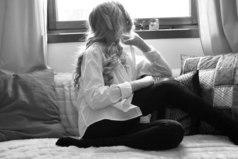 Человек или любит, или ожидает любви, или отказывается от неё навсегда. Вот и весь выбор.