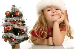 Планы на Новый год...  Укутаться в плед, смотреть любимые фильмы и кушать мандаринки.