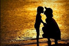Самой искренней и настоящей любовью любят Вас только Ваши собственные дети, а не мужчина, который яростно клянется в любви...
