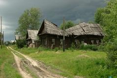 197 деревень России проголосовали за присоединение к электричеству и водопроводу!