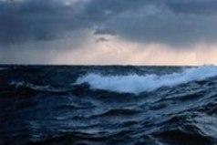 Любовь к морю и с годами не проходит. О нём я буду думать всегда, и оно всегда меня будет радовать, это любовь без разочарований.